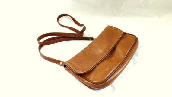 Leather Bag / 1980s  Leather cross body shoulder bag Clutch  / leather bag