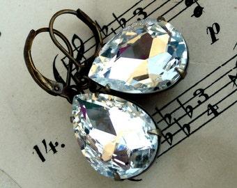 Ice Crystal , Estate Style Vintage Ice Crystal  Pear Shaped Jewel Earrings