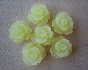 6PCS - Mini Rose Flower Cabochons - 10mm - Frosted - Pale Yellow - Cabochons by ZARDENIA
