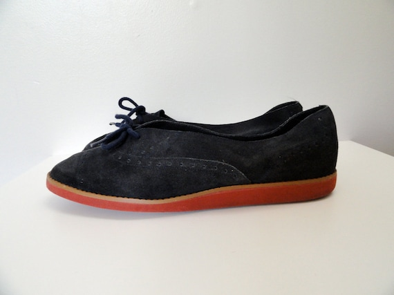 1970s Navy Suede Lace Up Wingtip Ballet Flats Size 9