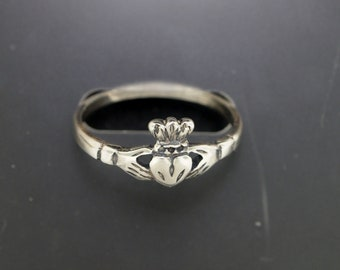 Small Claddagh Ring in Sterling Silver