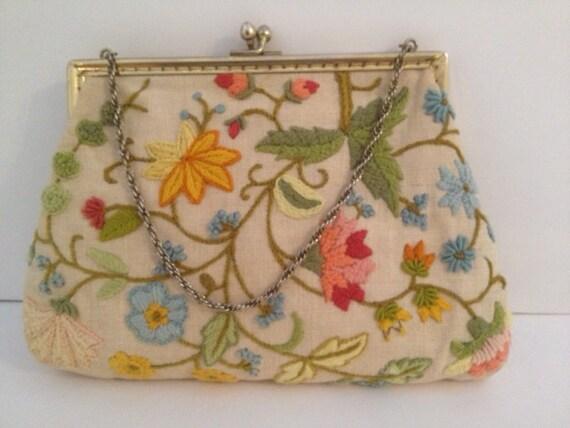 Crewel vintage handbag