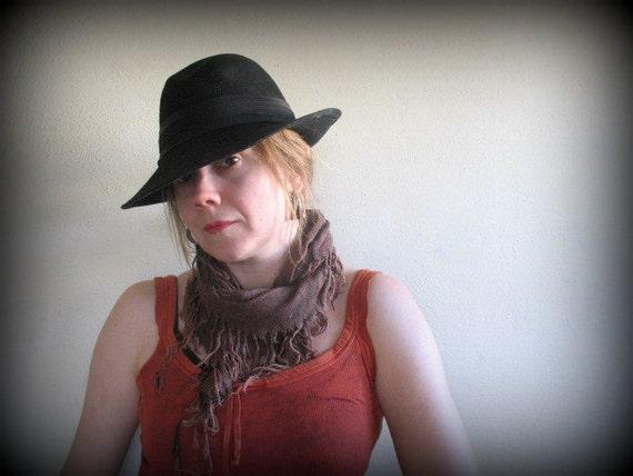vintage 1970s 70s felted wool fedora hat / BOHO BLUE