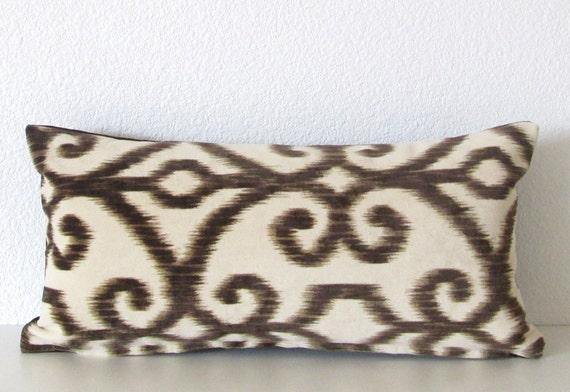 Decorative pillow cover - Mini Lumbar - 8x16 - Ikat - Creamy ivory - Dark brown - Velvet - Ikat pillow