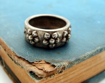 Silver Ring with Floral Motif