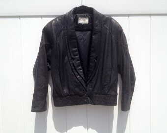 Vintage 1980's Cropped Black Leather Jacket Discretely Patterned with Vein Motif and Double Lapels by d'Linea Men's Medium