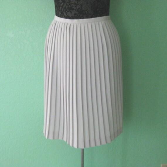 80s skirt - accordion pleat light gray high waist skirt - size small