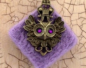Lilac felt pendant necklace with bronze owl charm