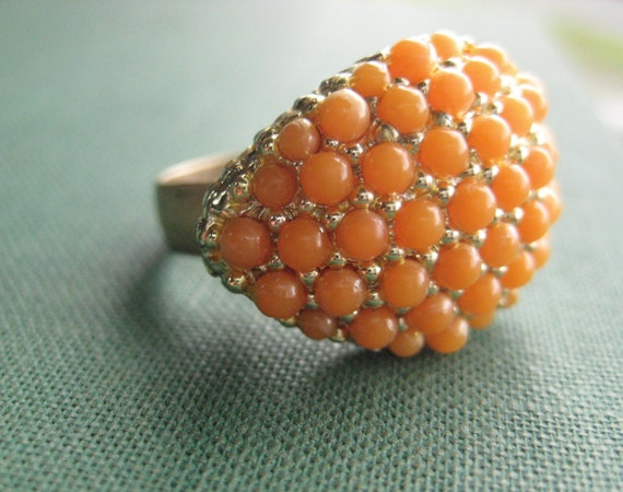 Vintage peach and gold cocktail ring