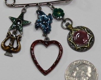 Vintage brooch with 6 charms Lyre, heart, Pendant, Four Leaf clover, Star, Signed Don-Lin, Excellent Condition, Contains lots of symbolism
