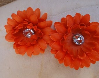 Cute   flower  with back  clip  orange  color   2 pieces listing