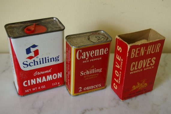 Vintage spice and herb tins box