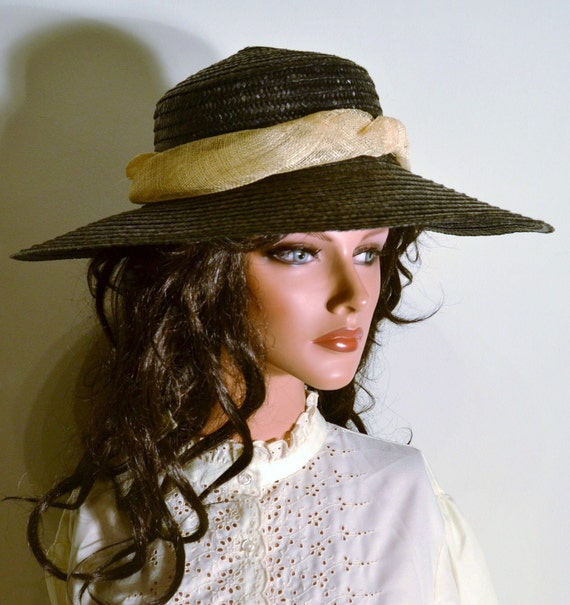 Vintage 1960s Hat - 60s Straw Hat - Black and Beige Hat