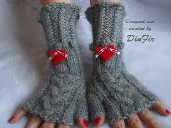 HAND KNITTED GLOVES / Women Accessories Wrist Warmers Fingerless Mittens / Crocheted Elegant Winter Romantic Warm Feminine Gift Ideas Cabled