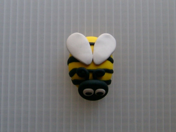 polymer clay bumble bee magnet