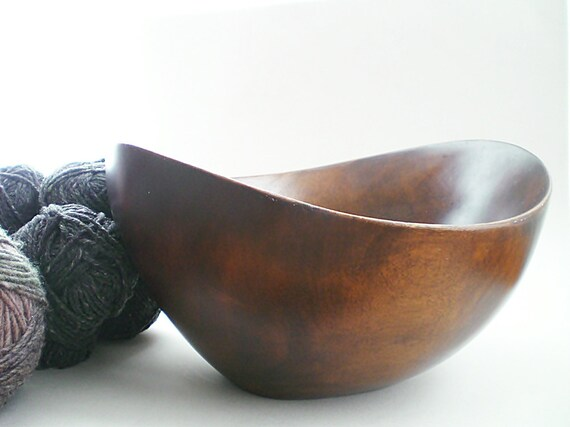 Large Wood Bowl  Organic Wooden Serving Bowl 1960s Warm Cinnamon Brown