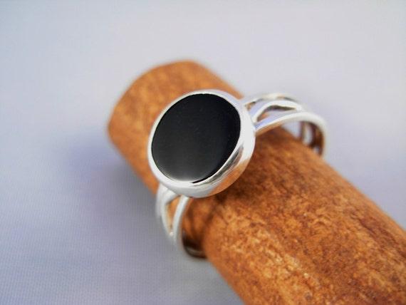 ONYX Silver Wave  Ring  - ElenadE