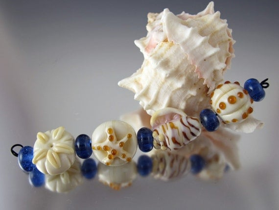 She Sells Sea Shells - Lampwork Bead Set