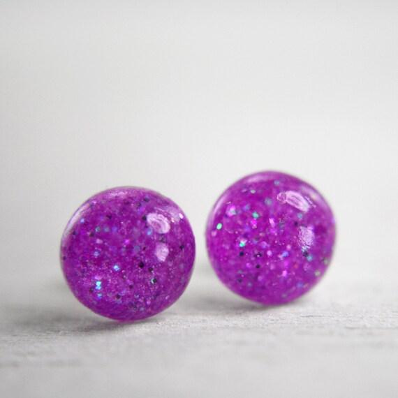 globe earrings in neon purple - 8mm