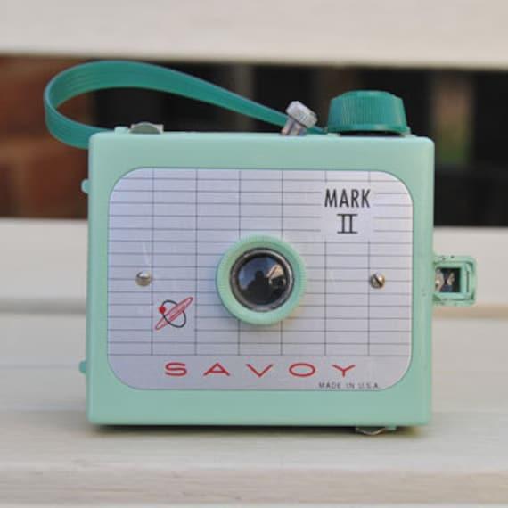 RARE working Green VINTAGE Savoy Mark II Camera