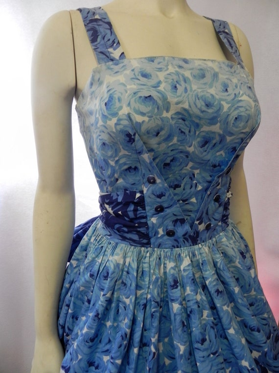 Vintage 1950s Bombshell Dress 50s Cotton  Fit and Full Skirt Dress Sz S-M