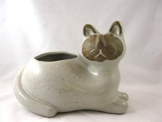 David Stewart Lion's Valley style cat planter