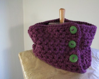 eggplant purple chunky cowl- crochet neckwarmer // convertible scarf with green buttons
