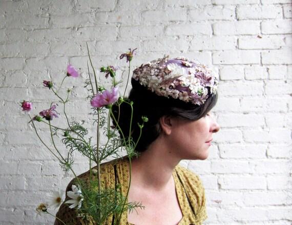 50s Flower Hat  Purple straw hat Purple velvet trim white flowers butterflies pill box Cute 1950s hat