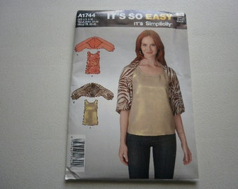Pattern Ladies Top and Shrug Sizes 8 to 18 Its So Easy 1744