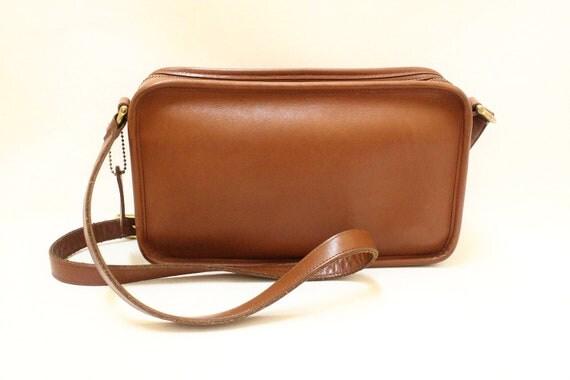 Vintage Coach Tan Color Leather Messenger Cross Body Shoulder Bag // Coach 9974-Tan