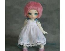 White doll silhouette Dress for for Puki Puki & lati white.