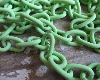 3 FT Rubberized Neon Green Aluminum Jewelry Chain 8x14mm - K13612