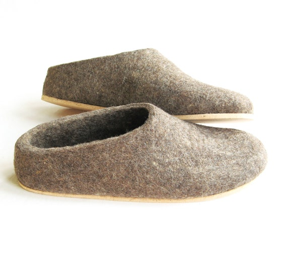 Earth Brown Felted Shoes - Wool Slippers - Christmas in July - Minimalist Shoes - House Shoes - Womens Shoes - Cork Soles - Gift for Her