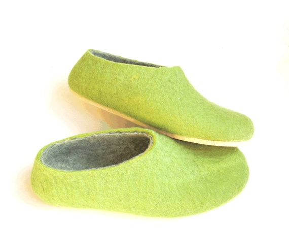 Green Wool Shoes Felted Slippers Women's slippers 100% Wool House Shoes