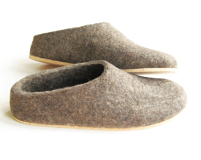 Felt Shoes Earth Brown, Womens Wool Slippers Eco friendly, Minimalist Shoes, House Shoes, Gift for Her, Christmas Gifts, Boiled Wool Boot