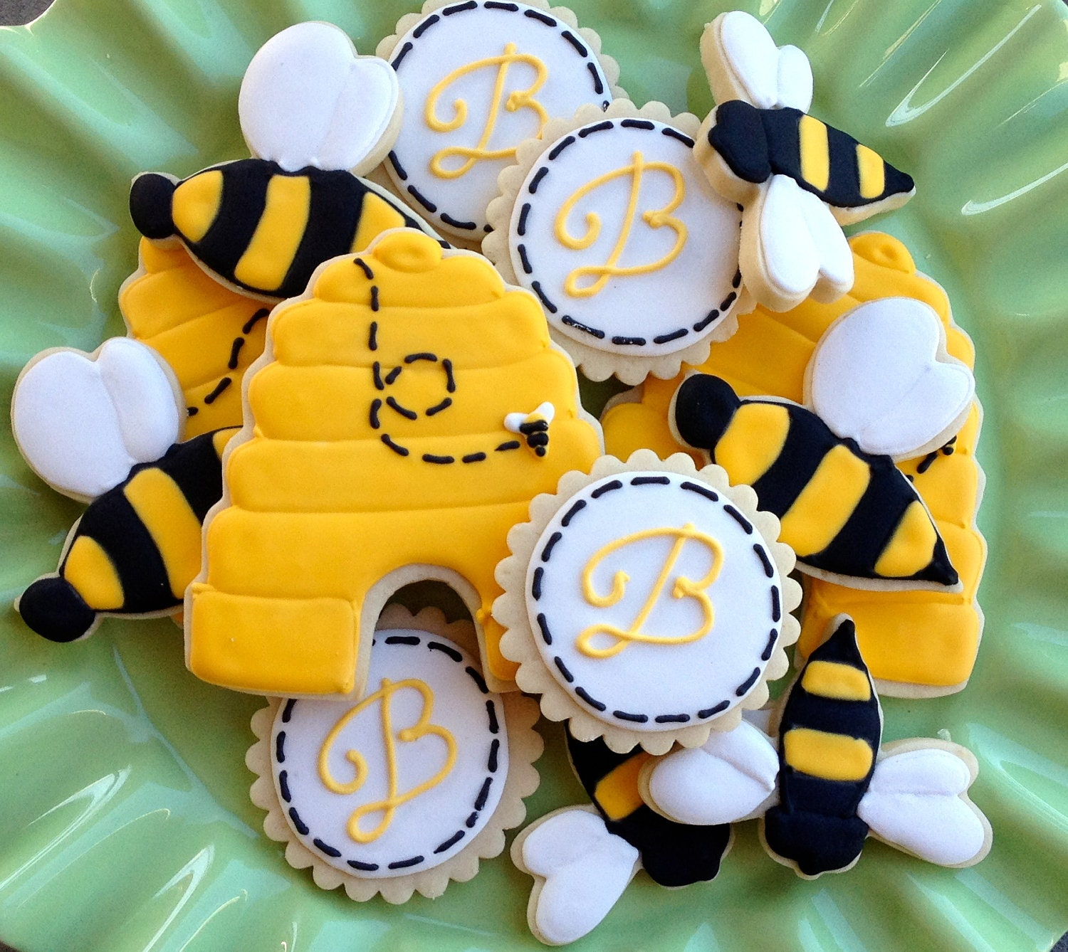 Bumble Bee Sugar Cookies by NotBettyCookies on Etsy
