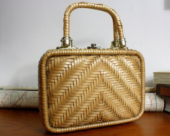 wicker purse / 1960s handbag /  small tan purse Simon