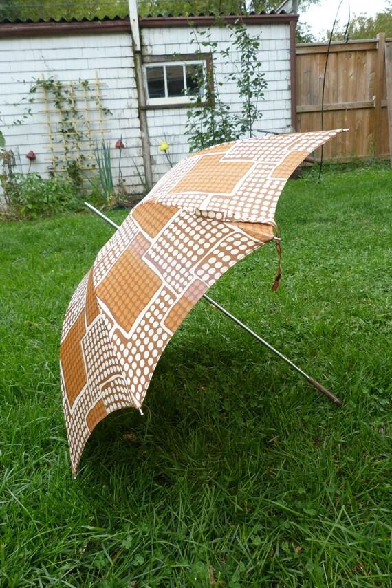 Vintage Umbrella Mod Polka Dot Design 1950's-60's Umbrella Fall Colors