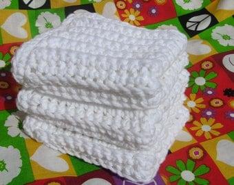 Set of 3 Bright White Face Cloth in pure cotton