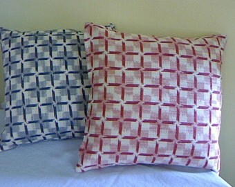 Pillow Covers / Red White and Blue / Toss Cushions / Desinger Thow Pillow Covers