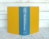 New York Entertains 1974 Junior Leauge Cookbook Blue & Mustard Cover