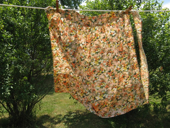 wildflower floral apron pocket cotton larger size country cottage romantic french farmhouse
