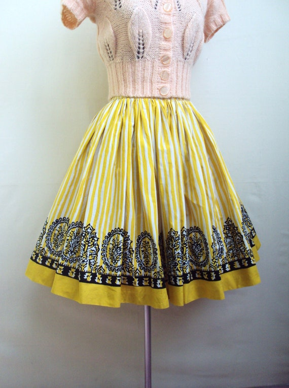 1950s style 80s yellow & white stripe full dirndl skirt, with black print by Les Olivades - M