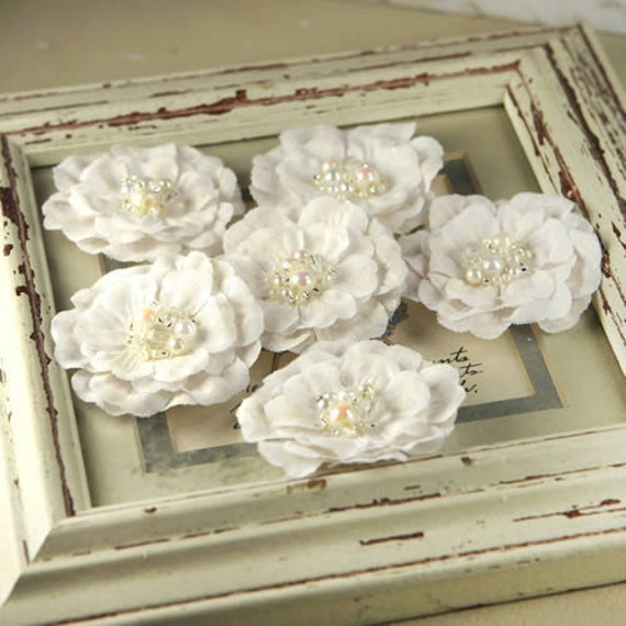 Prima Flowers - Ceylon White Wedding - Layered Linen Look Fabric Flowers - Scrapbooking - Artificial Flowers