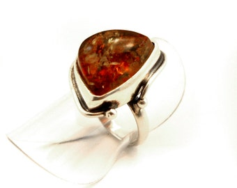 unique ring in Sterling Silver and Baltic Amber, size 3 3/4