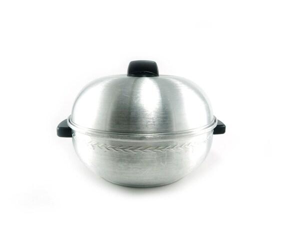 Aluminum serving oven - West Bend vintage bun warmer