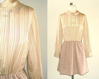 Vintage 70s dress CAPPUCCINO MOD long sleeved with pockets - S