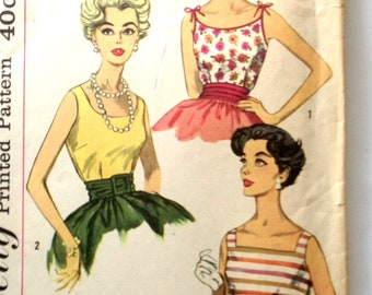 50s Simplicity 3021 Sleeveless Blouse, Scoop Neck Front and Back with Shoulder Tie Size 10 Bust 31