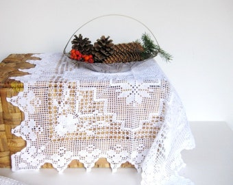 "Vintage never used starched 22"" x22"" crochet table doily in mint condition for holiday table setting and decorating Christmas gift"