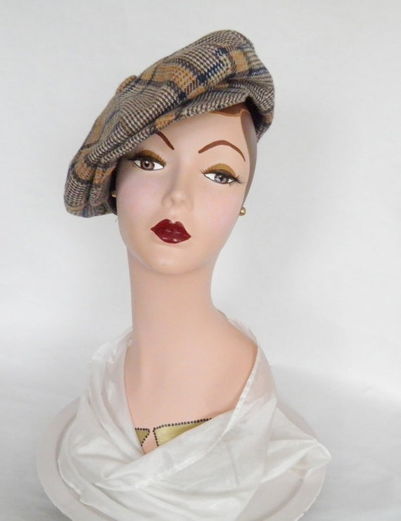 vintage 1970s hat, newsboy cap or boyfriend hat